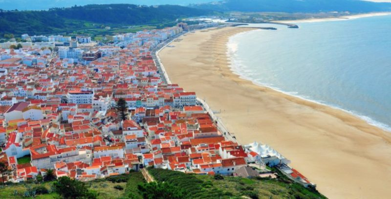 Top-Tour-Aerial-View-of-Nazare-Village-Portugal