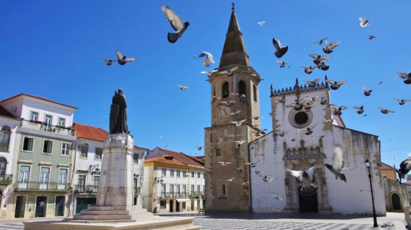 Top-tour-Tomar-Historic-Center-Portugal