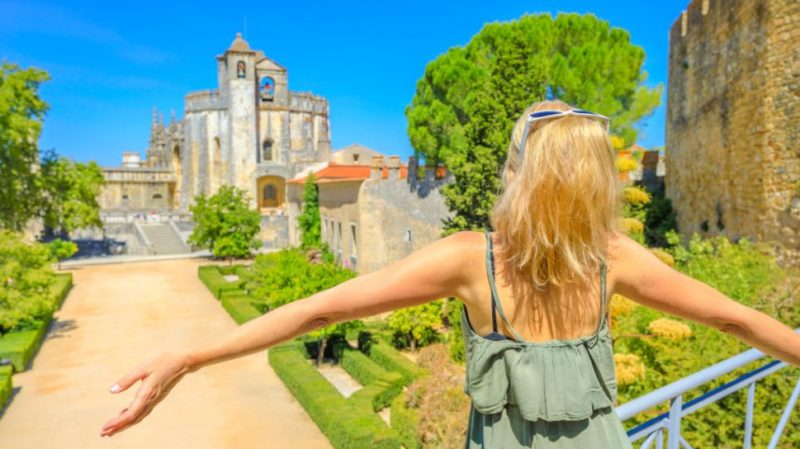 Top-tour-Templar-Castle-and-Convent-of-Christ-Tomar-portugal