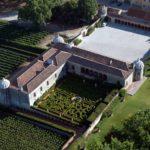 top-tour-aerial-view-of-quinta-da-bacalhoa-azeitao-portugal