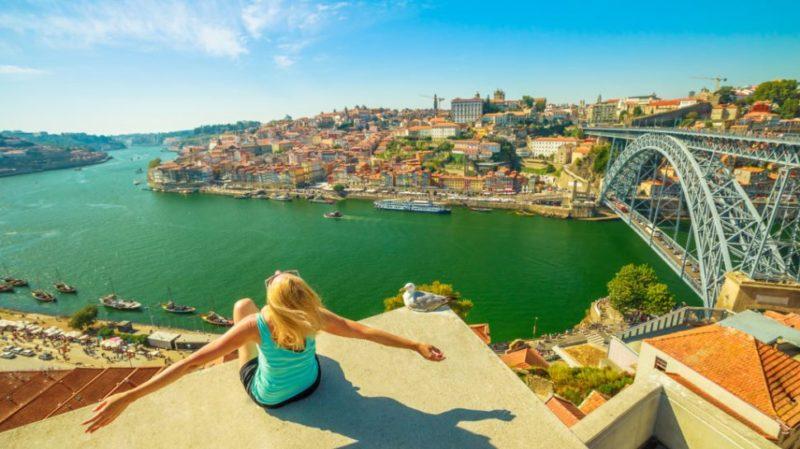 top-tour-cais-da-ribeira-porto-tourism-portugal