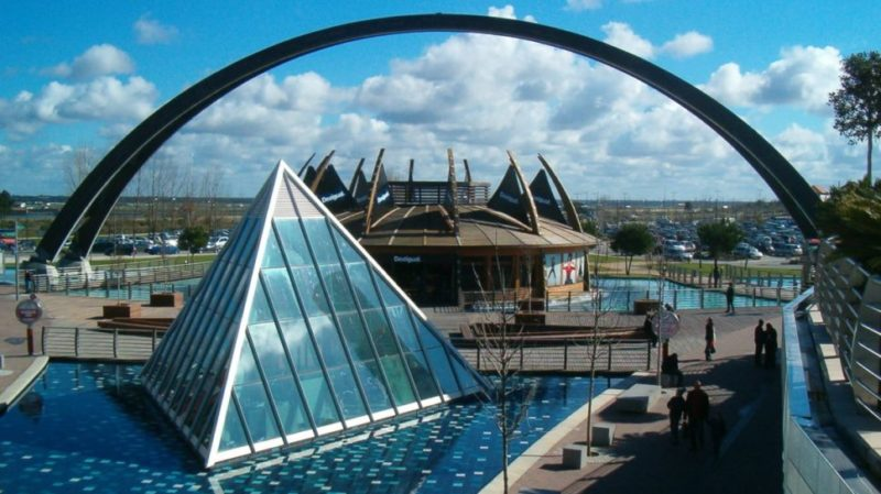 top-tour-freeport-outlet-shopping-in-alcochete-lisbon-portugal-2