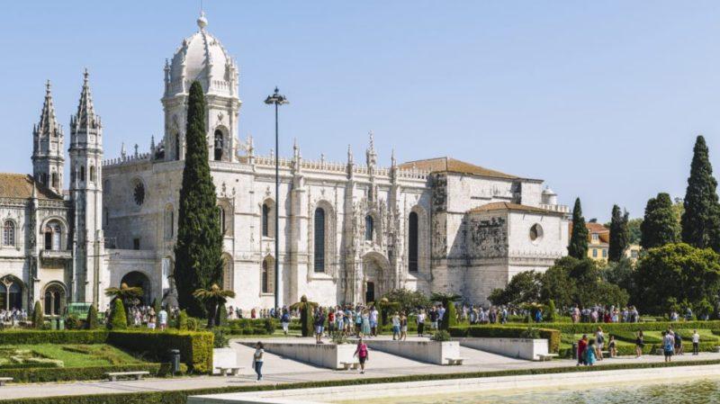 top-tour-jeronimos-monestary-lisbonne-portugal