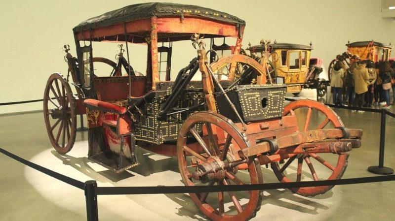 top-tour-national-coach-museum-lisbon-portugal