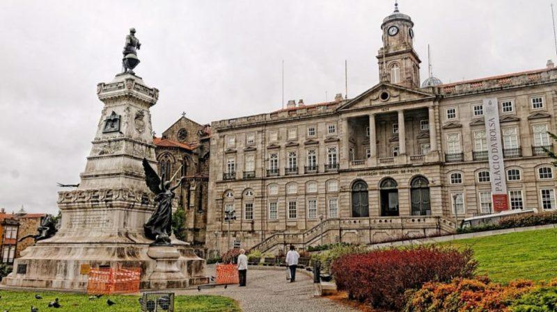 top-tour-palacio-da-bolsa-porto-portugal