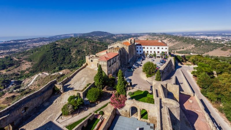 top-tour-scenic-view-from-Palmela-castle-Portugal